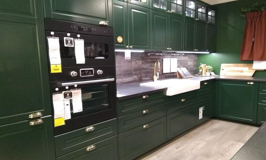 Темно-зеленая кухня икеа Будбин