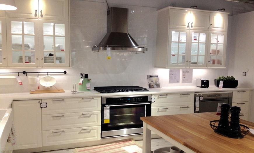Белая кухня икеа Будбин