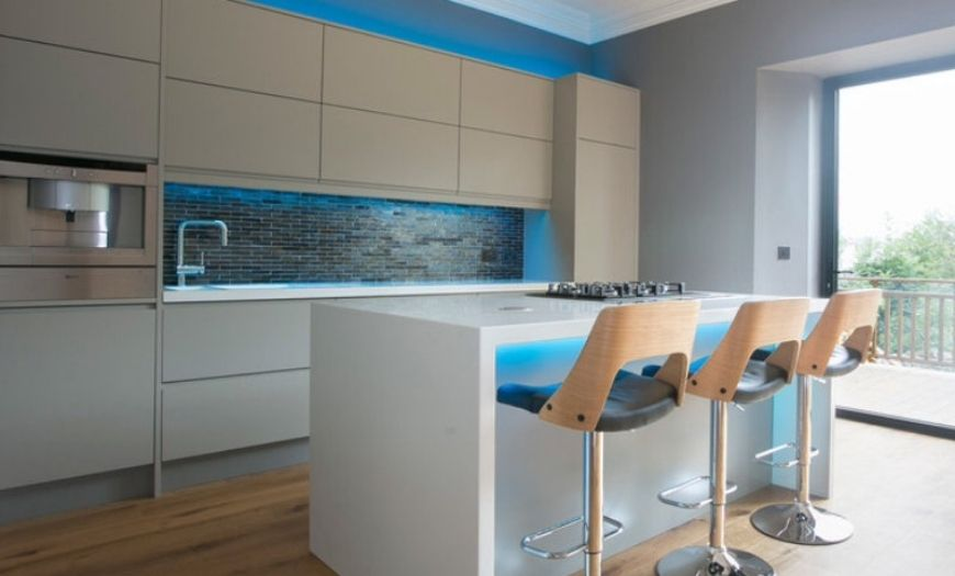 LED подсветка на кухне