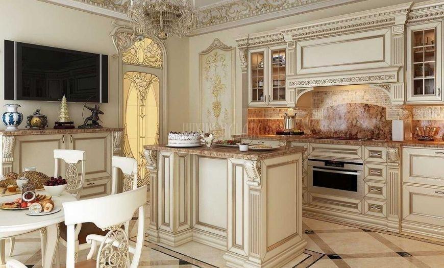 Кухня выполнена в классическом стиле.