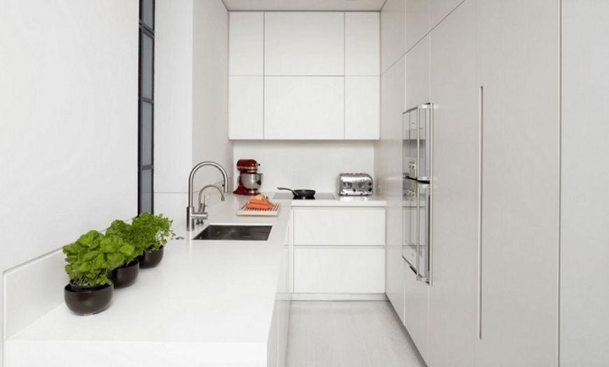 Небольшая кухня в минимализме.