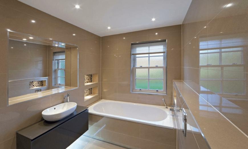 натяжная пленка для потолка в ванной