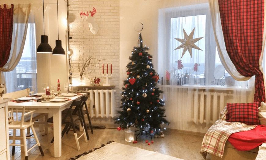 Рождественский декор кухни гостиной