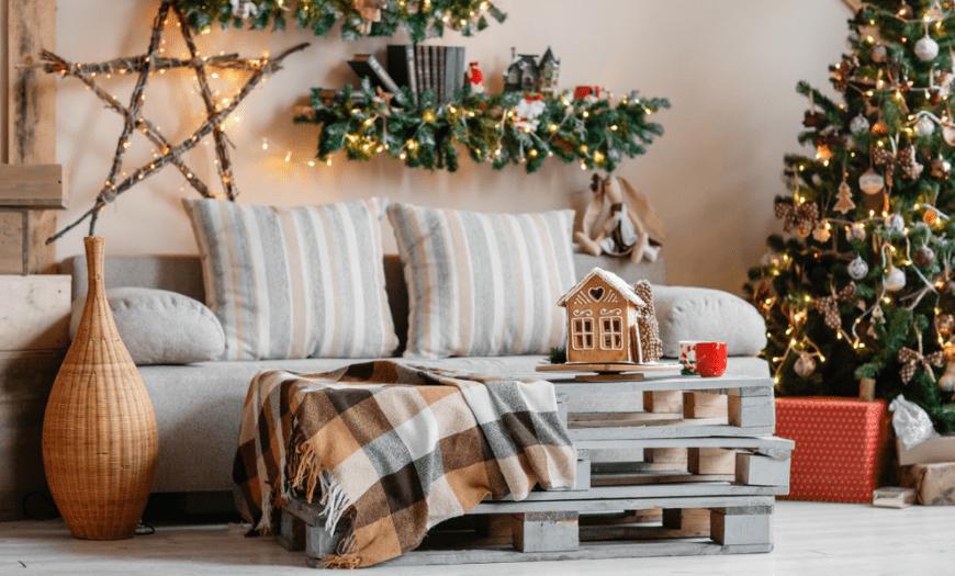 Новогодний декор маленькой квартиры