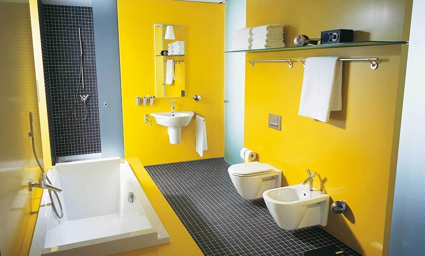 Дизайн туалета в желтом цвете